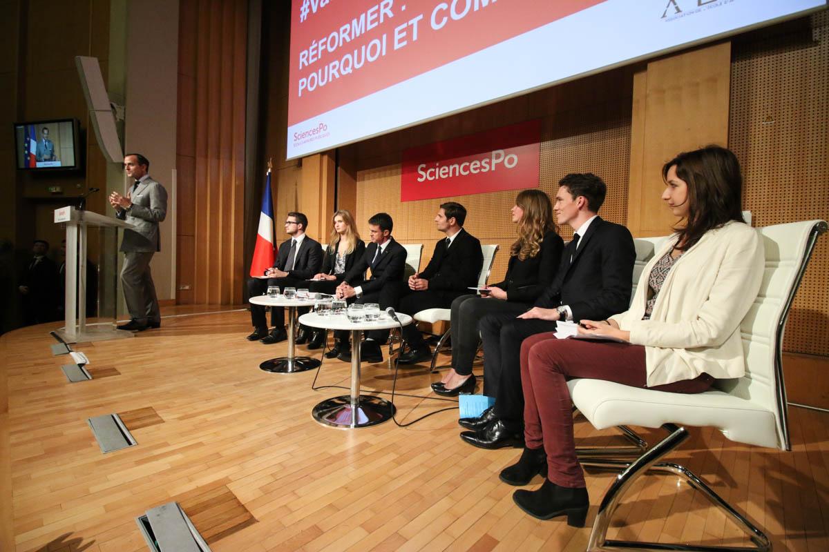 Valls sans fausse note : de la sécurité au discours